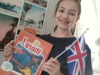 Sanary sur mer, college la guicharde .  Photo prise avec mes anciens cadeaux de l'an dernier !