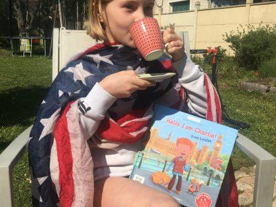 Sucy-en-Brie, Collège du Parc.  Rien de tel qu'un bon thé, une bonne lecture, sous le soleil d'Angleterre ;-)