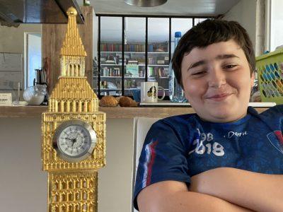 Vergt dans le collège des trois vallées.  The Little Big Ben.  :)(: