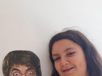 Je suis en 6°2  à MOREUIL, au collège Jean Moulin.   Bean Potter is my Best Friend Forever!