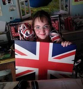 Jacques Brel  La Ferté Macé  j'ai pris la décoration de ma chambre car j'adore l'Angleterre et l'Anglais