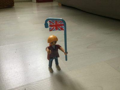 Les Playmobils se mettent à l'anglais eux aussi !   Chalon sur Saône collège Saint Dominique