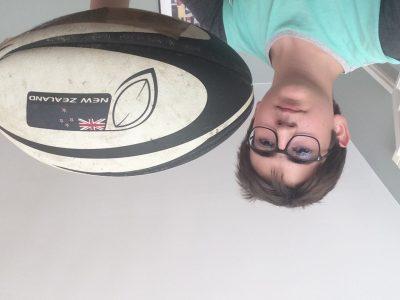 Bordeaux, Collège Sainte Marie Grand Lebrun. Moi et mon ballon d'entraînement, à l'effigie des All Blacks.