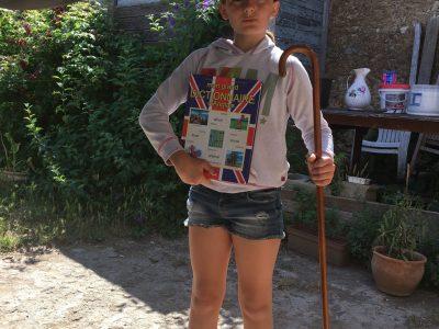 Béziers Sainte-Madelaine   John steed m'a prêté sa canne , pour le chapeau melon il ne l'avait pas ,il m'a quand même donné son dictionnaire d'Anglais ....