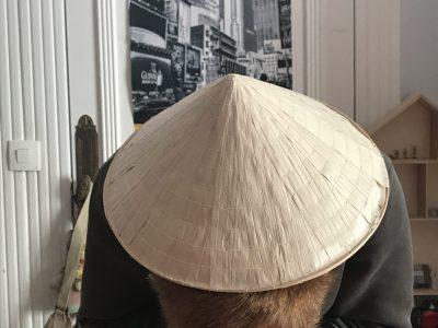 Bordeaux, sainte Marie grand-Lebrun C'est un Chinois qui visite New York, il découvre les grandes avenues de la ville et ses spécificités.