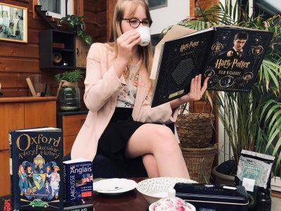 Voisenon, Collège Nazareth LaSalle.  Do you want a cup of tea ?  Me voilà en immersion totale dans le monde anglais.. thé, Harry Potter, Oxford et motifs fleuris !