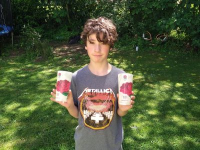 givry college petit pretans    voici une photo de moi et des verres qui viennent d'angleterre