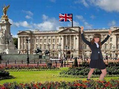 84700 SORGUES  collège Marie Rivier   J'ai adorée faire des figure de gymnastiques dans les jardins de Buckingham Palace !!!!