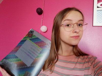 Hazebrouck  collège des Flandres l'objet présenté sur la photo est mon cahier d'anglais  car je trouve que cela évoque très bien l'anglais
