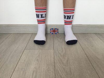"""Perpignan, Collège Jean Moulin  Voici une des pièces phares de ma collection de chaussettes """" Aux quatre coins du globe """", venues tout droit de Londres !!!"""