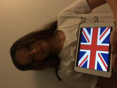 Mon collège est à Pessac et il s'appel Collège Noes .  commentaire: j'ai vraiment envie d'apprendre et de parler Anglais !