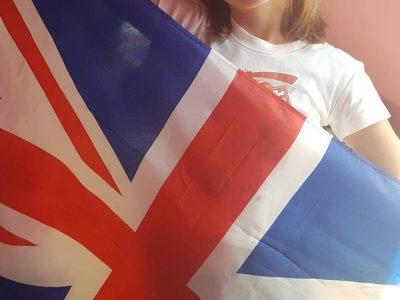 Bonjour je suis de la commune de Samer dans le Pas de Calais. Je suis au Collège Le Trion. Je suis une grande fan de Londres!!  Merci pour ce concours :) Léa