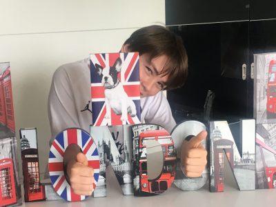 Givry collège Petit Pretan  J'ai beaucoup aimé mon voyage à Londres et parce que j'aimerais gagner la camera !!