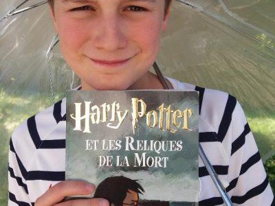 Collège Michel Vignaud MORANGIS 91 Harry Potter: Une vraie star britannique ayant conquis le monde entier. A lire au soleil ou sous un umbrella...
