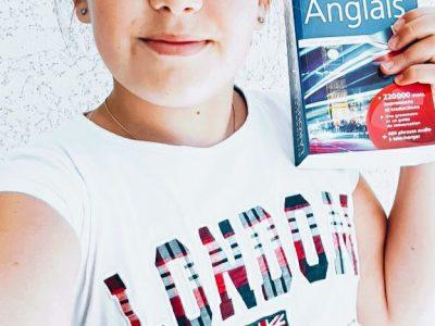 je suis au collège Victoire Daubié de bourg en Bresse.  L'anglais est ma matière préféré, c'est pourquoi j'ai voulue participé au concoure the BIG challenge de cette année.