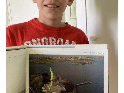 BORDEAUX SAINTE MARIE GRAND LEBRUN La statue de la liberté à NYC (New York City)