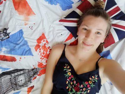 Bonjour  Je m'appelle Camille et je suis élève de 3ème au collège Amiral Lejeune à Amiens.