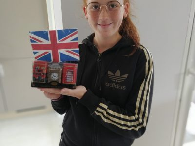 """VÉNISSIEUX collège la Xavière   I loved the contest """"The big challenge"""", it's the first time that I realised it. I love London and I find the towers beautiful. Thank you very much for this experience"""