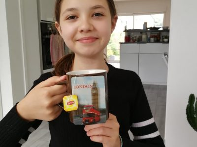 it's tea time! Louise DENFOUR DUBUS, STRASBOURG LA DOCTRINE CHRETIENNE