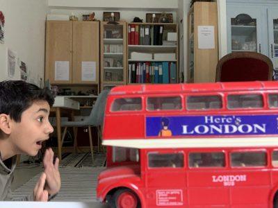 Bagneux, Saint Gabriel   J'étais a Londres quand un bus ma foncé dessus !!! Mais on s'est réconcilié et j'ai fait un petit tour sur son dos.