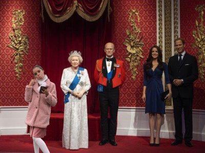 Bonjour, mon collège est Clément Guyard à Créteil. Voici une photo de moi et de la famille Royal chez Madame Tussauds