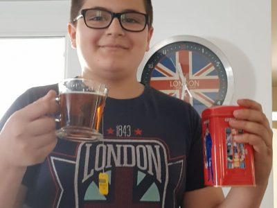 Draveil (91210) collège Alphonse Daudet  The tea time of London