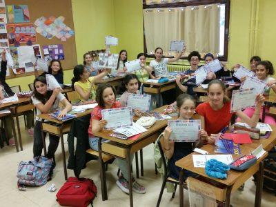 Paris 11e Collège Charles Péguy (classe de 6°2) Well done girls!