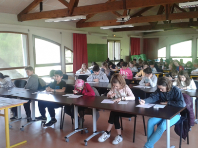 Yenne, collège Charles Dullin  Working hard in 6ème but motivated!