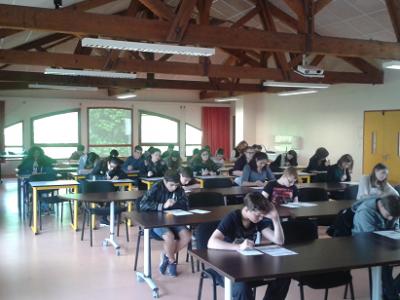 Yenne, collège Charles Dullin  Still working, doing their best!