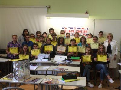 43190 Tence, Collège de la Lionchère : une élève en classe de 5ème était la 2ème départementale: nous sommes bien fiers!