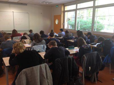 Les élèves de 6ème et 5ème du Cours Secondaire d'Orsay (91) répondent avec attention aux questions du Big Challenge !
